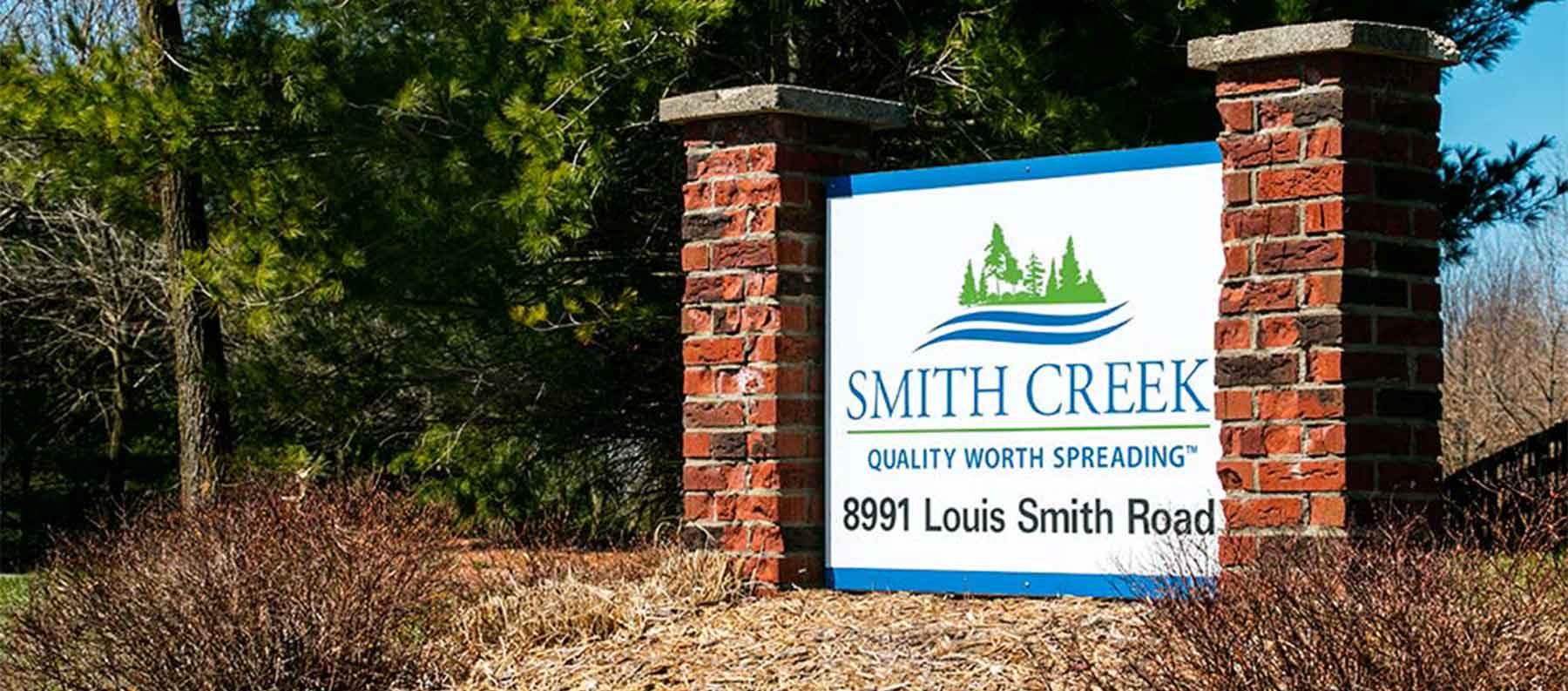 smith-creek-sign